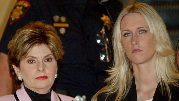 Amber Frey and Gloria Allred during the Scott Peterson trial