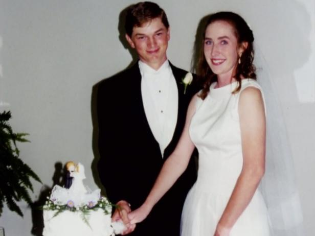 Michael and April Horton in a photo from their wedding [Investigation Discovery]